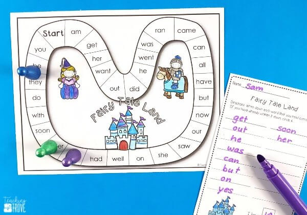 Sight word games that are editable are perfect for creating fun centers or stations for your kindergarten or first grade students. With 38 different games in this pack, you will have a wide range of sight word, phonics, spelling or word work games you can create in seconds! It is easy to create differentiated centers for all your students. #spelling #sightwordgames